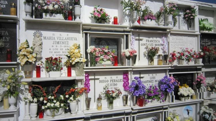 Kremacja w Polsce, a kremacja na świecie – daleko za Czechami, jeszcze dalej za Japonią
